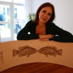 pyrographic-artwork-on-wood-tattooed-fish-design
